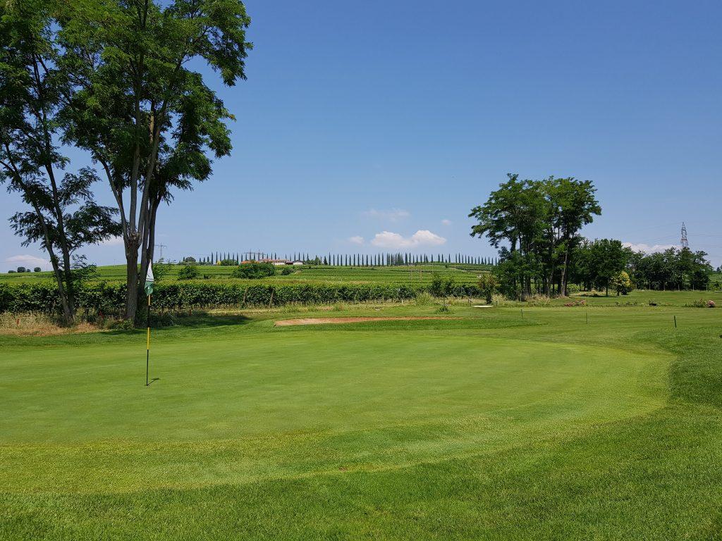 The 10th green - Golf course villafranca